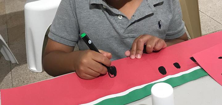 Les Petits Painters fun art classes for kids